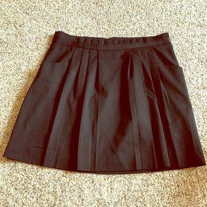 Gap Pleated Black Skirt